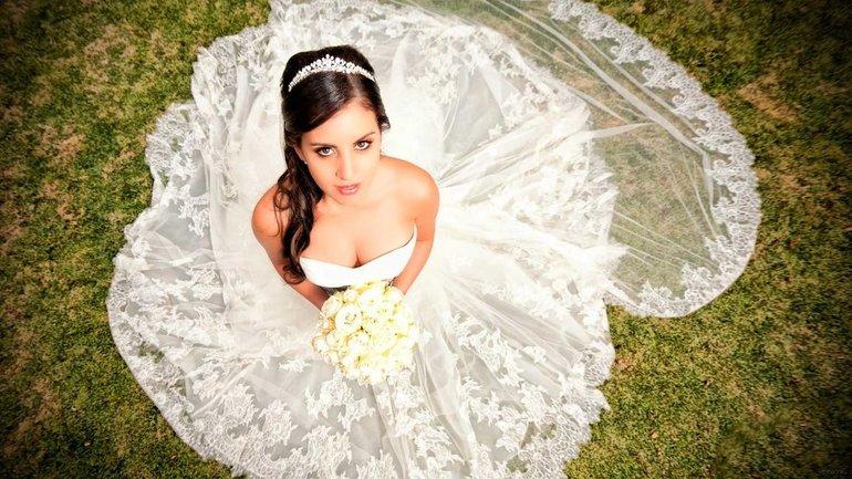 Цвет и состояние свадебного платья во сне