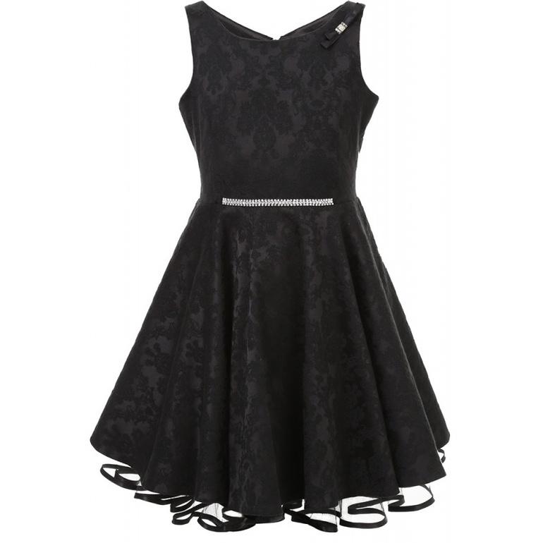 Платье тёмного оттенка