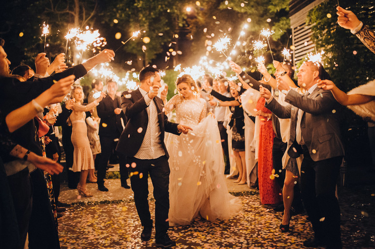 Шумная свадебная церемония
