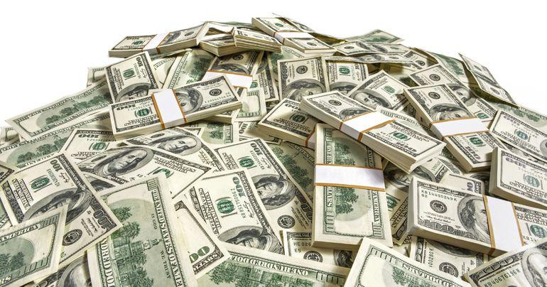 К чему снятся бумажные деньги и крупные купюры в пачках