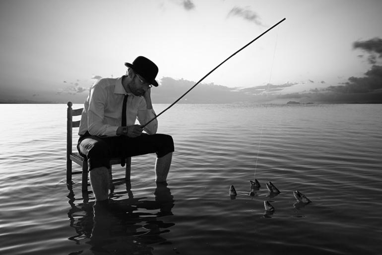 Ловить рыбу на удочку для мужчины