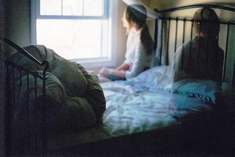 К чему видеть во сне обнимание с родственником