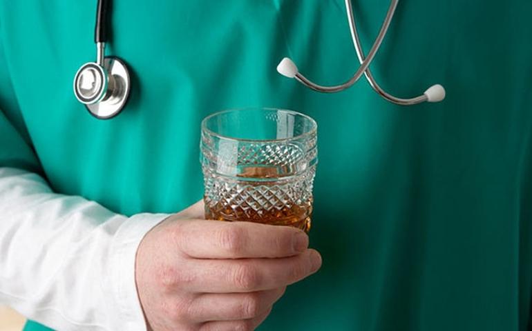 Пьяный доктор