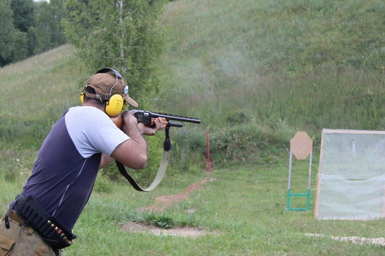 К чему приснилось стрелять из пистолета