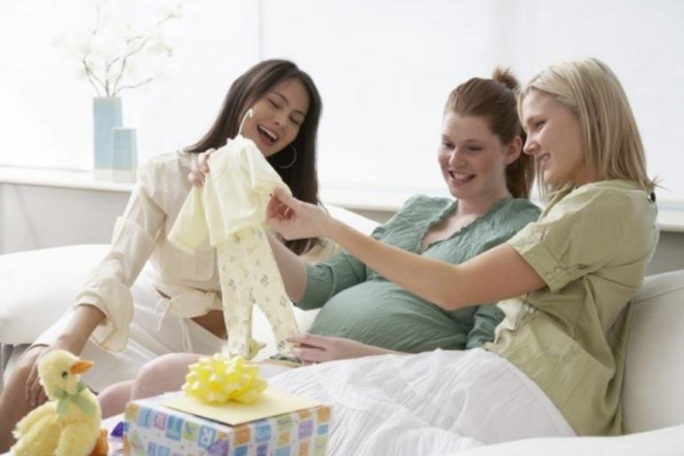Беременная женщина в сне