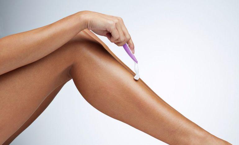 к чему снится брить ноги самому себе