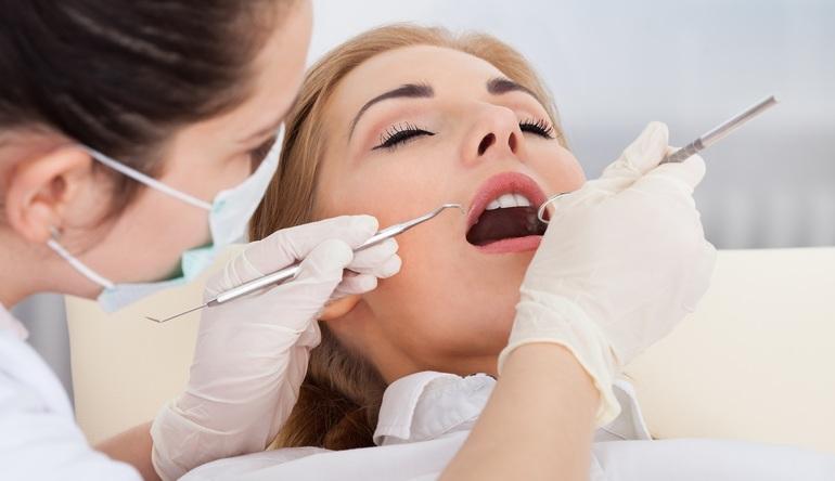 Лечить зубы во сне у стоматолога