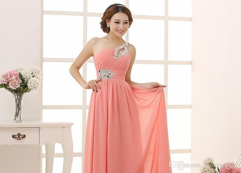 Во сне примерять новые платья