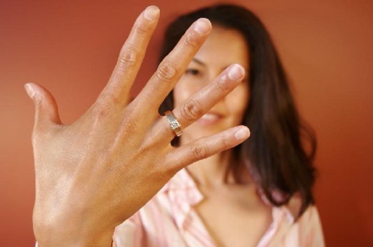 К чему снятся обручальные кольца незамужней девушке