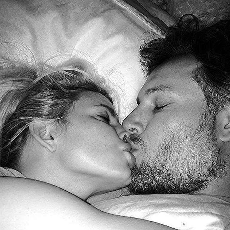 К чему снится поцелуй в губы