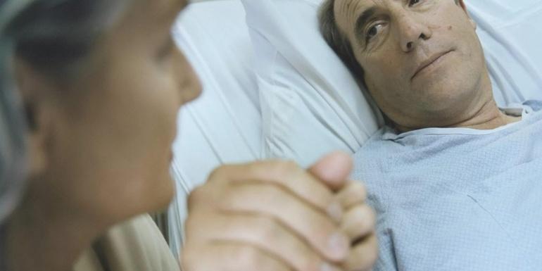 К чему снится больной человек
