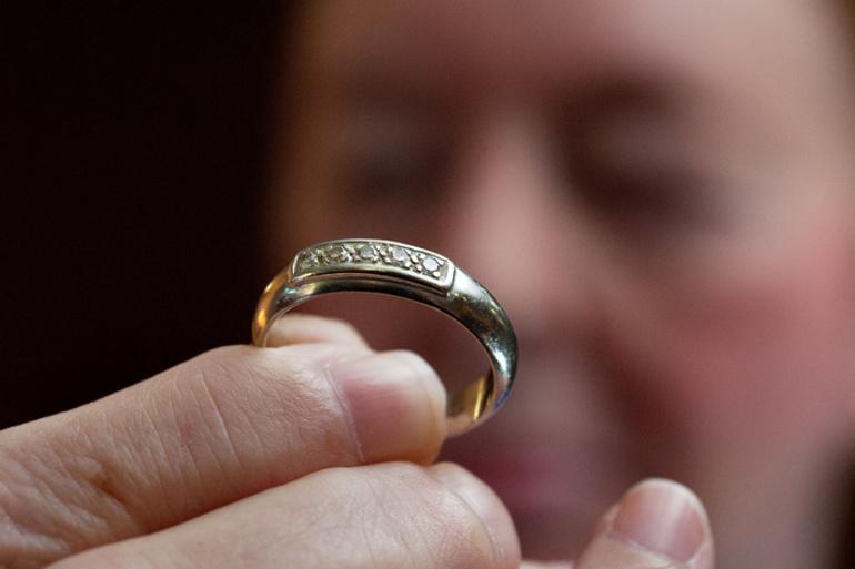 Самостоятельно красть кольцо во сне
