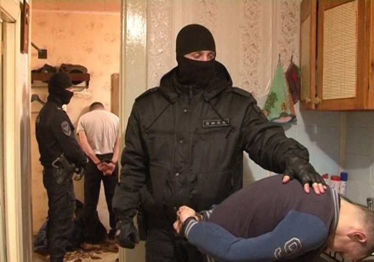 Задержание преступника, ворвавшегося в жилище