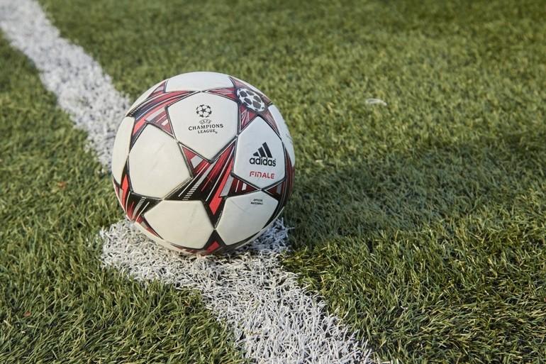 Футбольный мяч во сне