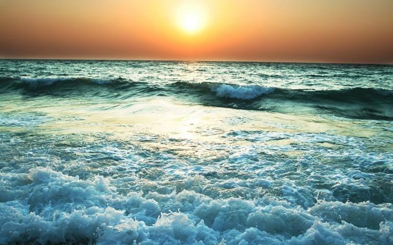 Море с волнами, сон