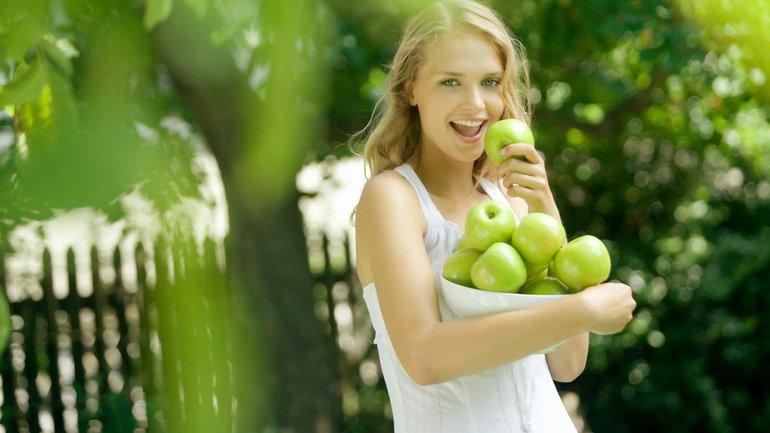 Зеленые яблоки польза и вред