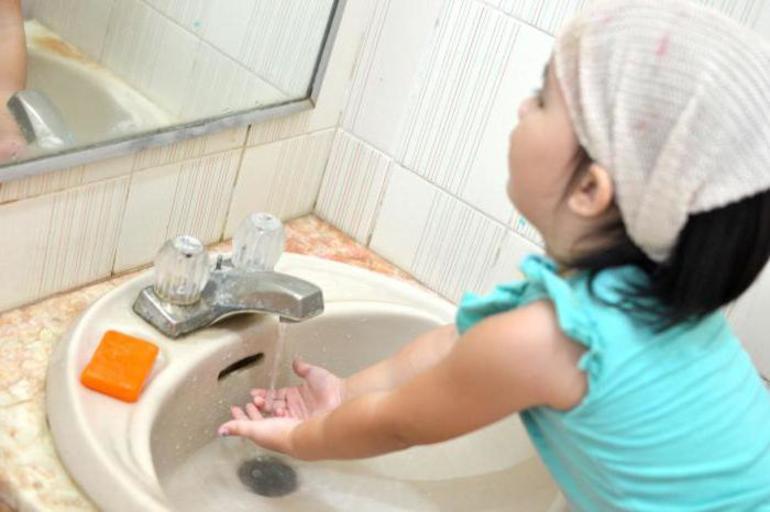 Мыть ребенку руки сонник миллера