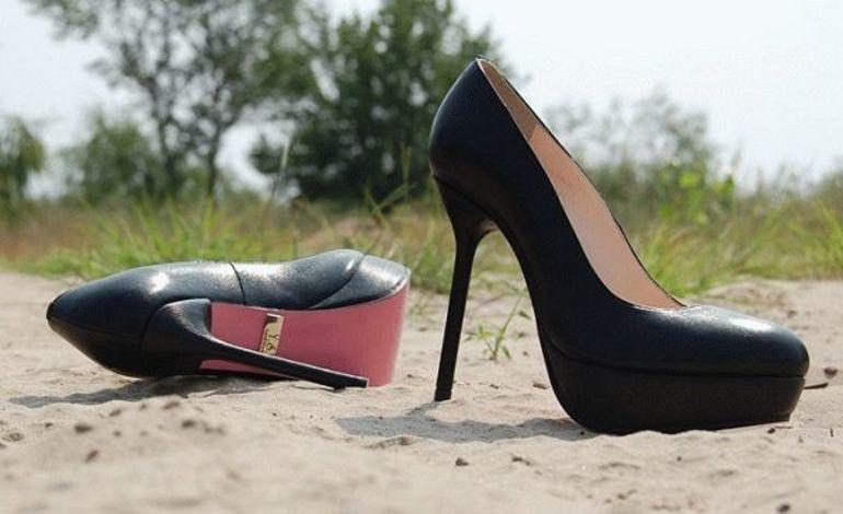 Потерять и искать обувь во сне