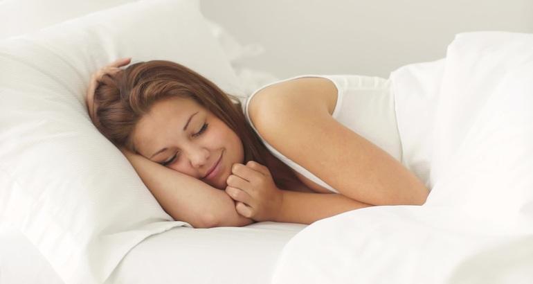 Когда спящая испытывает радость в грёзах,