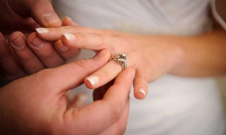 Во сне подарили кольцо