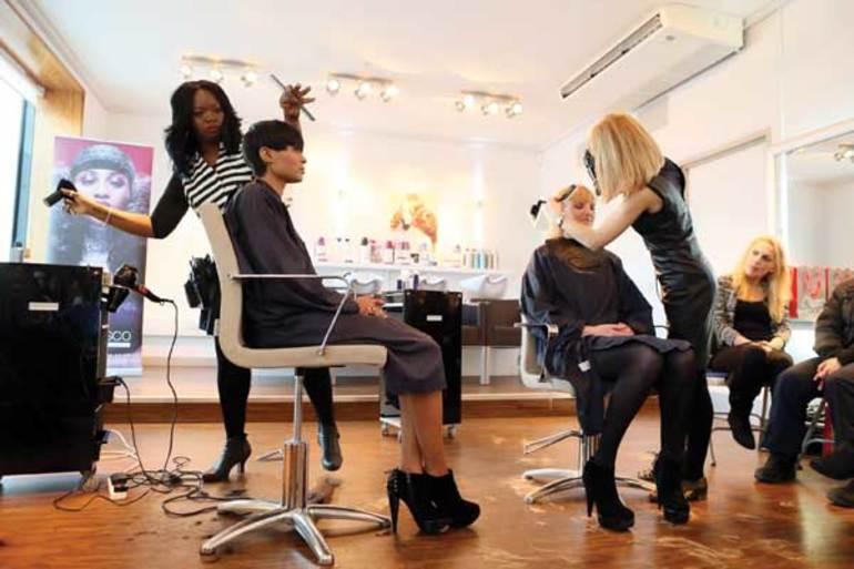 К чему снится парикмахерская