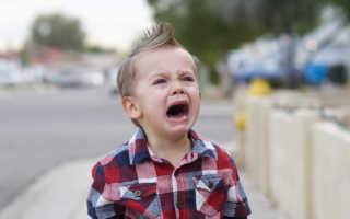К чему снится плачущий ребенок: мнение популярных сонников