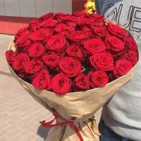 К чему снятся букеты роз: толкования по сонникам