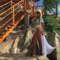 Ольга Бузова вернулась с отдыха на Сейшелах — откуда такая роскошь (видео)?