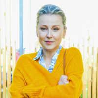 Ольга Медынич рассказала, какой путь ей пришлось пройти, чтобы стать знаменитой, а также поделилась секретами счастливой семейной жизни.