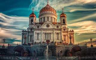 К чему снится молиться в церкви или видеть красивый собор по соннику