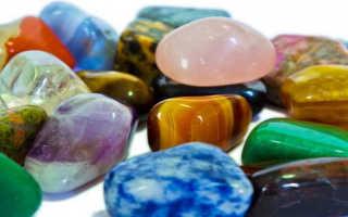 Значение снов о драгоценных камнях или падающих с неба булыжниках