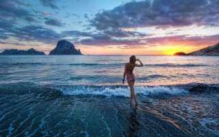 К чему снится плавать в океане: толкование по различным сонникам