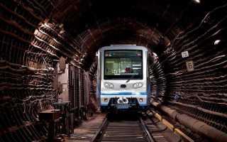 К чему снится метро: толкования снов о поездках в разных сонниках