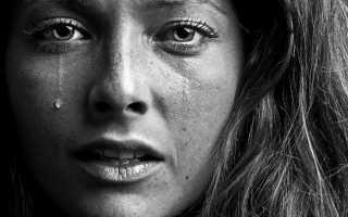 К чему снится плачущий покойник: толкование по различным сонникам