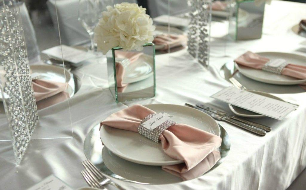 сервировать стол на свадьбе